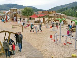 Trimmgeräte von Pieperholz für die Bewegung der Kinder und Erwachsenen